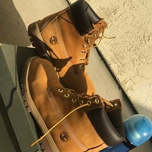 Timberland boots (reupload due to shoe condition)